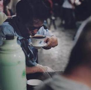 交通茶馆:时间慢一点