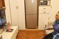 北滨路公厕像个家 空调电视冰箱微波炉WIFI全都有