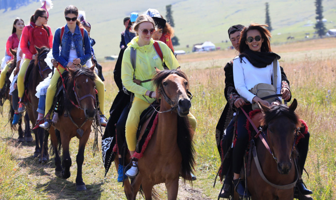 2014新丝路国际旅游形象大使大赛