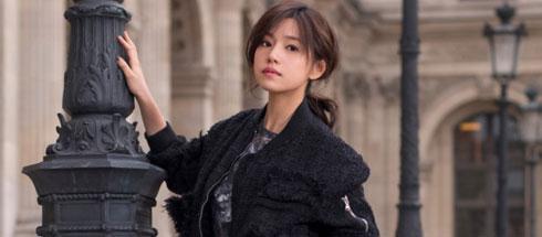 新浪时尚明星街拍时刻 陈妍希精彩巴黎行