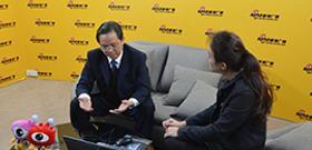 广西质监局总工程师石国怀做客微访谈,与广大网民就质量安全热点问题进行交流互动。