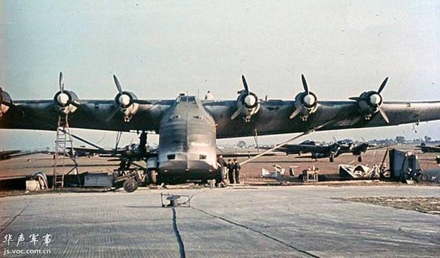二战德国运输机是盟军飞机靶子