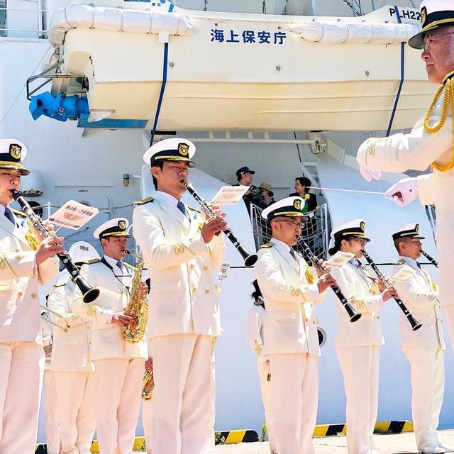 安倍检阅日本海保厅36艘海保船
