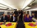 李克强邀16国领导人共乘高铁