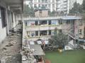成都200多名幼儿废墟中上学
