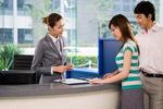 高考填报志愿在即 银行还是一份好工作吗?