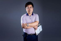 正能量校长:湖北省黄石市民主街小学校长卫才友