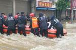 湖北黄梅近500高考生因暴雨被困300余人按时入考场