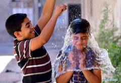 Hot weather hits many countries worldwide