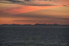 Sunset scenery captured aboard China's Tian'en vessel en route to Europe