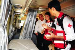 China's Red Cross donates mobile clinics, ambulances to Syria