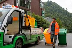 People encouraged to do garbage sorting in rural areas in E China's Zhejiang