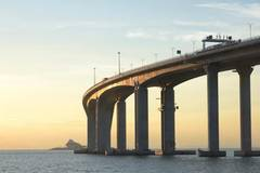 Hong Kong-Zhuhai-Macao Bridge withstands super typhoon Mangkhut