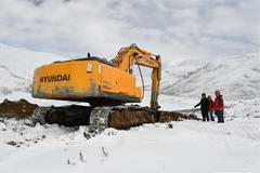 Landslide-hit town in Tibet builds new road for disaster relief