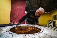 In pics: pastry maker in China's Xinjiang