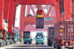 China's road freight transport continues fast expansion in first nine months