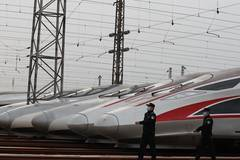 Wuhan to resume operation of nearly 100 passenger trains