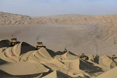 Construction of highway running through Taklimakan Desert enters final rush