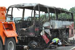 Bus fire kills 35 in central China's Hunan