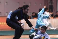 3-year-old rises again to finish kung fu show
