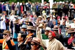 Guozhuang dance popular in Tibet
