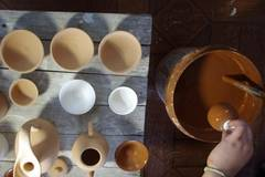 Man dedicated porcelain-making for three decades