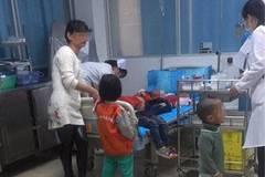 12 children injured in kindergarten knife attack in S. China