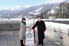 Xi, Leuthard attend launching ceremony of China-Switzerland Year of Tourism