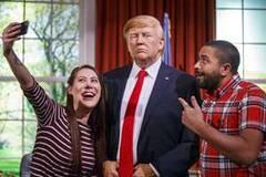 Trump waxwork replaces Obama