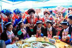People of Zhuang ethnic group attend