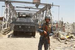 Iraqi PM formally declares liberation of Mosul from IS militants