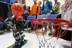 Robot competition among universities held in N China's Tianjin