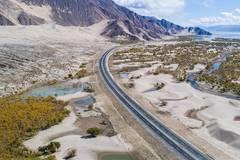 Highways improve transportation in SW China's Tibet