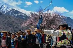 Tourism season kick-off ceremony held in SW China's Tibet