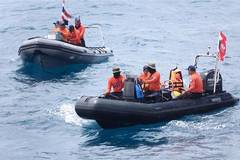 Search for missing passengers from capsized boat in Thailand continues