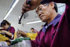 In pics: gold and silver processing industry in north China's Hebei