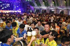 28th Qingdao Int'l Beer Festival kicks off in east China's Shandong Province