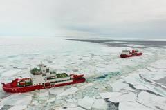 Xuelong and Xuelong 2 sail at new broken-through path in Antarctica