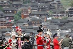 Guizhou becomes popular tourist destination during holidays