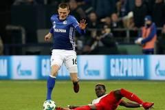 Schalke 04 beats FC Augsburg 3-2 in German Bundesliga
