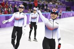 Team South Korea set new Olympic record at men's 5000m relay heat of short track speed skating