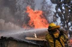 Los Angeles issues alert regarding critical fire danger