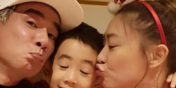 陳小春官宣應采兒懷二胎:性別還不知道感謝老婆