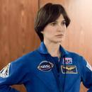《天空中的露西》发布预告 娜塔莉波特曼演宇航员