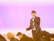 组图:亚洲新歌榜表演现场 张杰乐华七子嗨唱燃爆全场