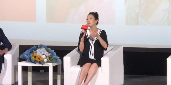 章子怡谈孟美岐拍打戏受伤:回想起《十面埋伏》