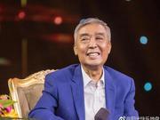 组图:师胜杰患癌治疗后曾重返央视舞台 姜昆挽手搀扶精神好