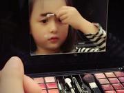 小芈月自己化妆成花脸 描眉变蜡笔小新