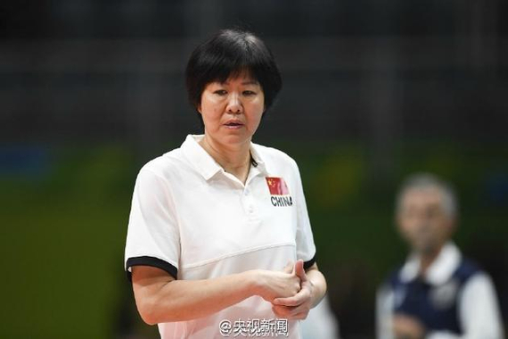 The development of Chinese volleyball frequently lost opportunity Only by lang ping a person really difficult