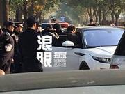 张纪中樊馨蔓现场开撕 冲突不断警方出动